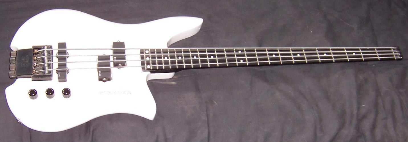1992 Steinberger Q Bass White , Mint, GigBag, Call For Price!