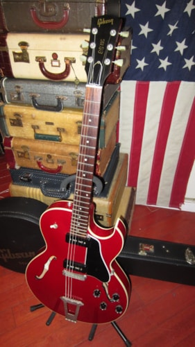 1993 Gibson ES-135 Hollowbody Electric Cherry Red