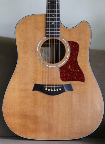 1993 Taylor 710C Natural spruce, Very Good