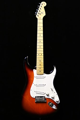 1994 Fender® Stratocaster® 40th anniversary Sunburst, Very Good, Hard, Call For Price!