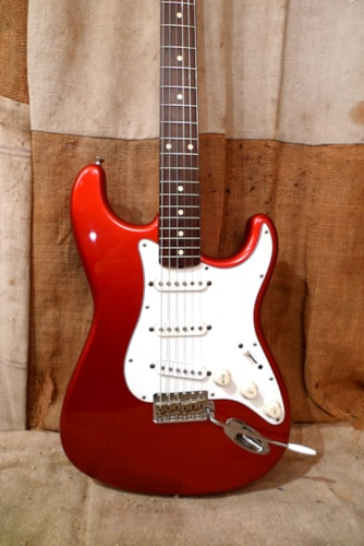 1994 Fender® Stratocaster® (1962 Reissue) Candy Apple Red, Very Good, GigBag, $875.00