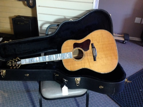 1995 Bourgeois 20TH Anniversary Natural, Excellent, Original Hard, $5,250.00