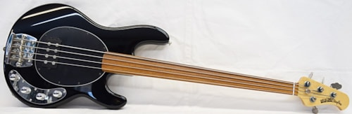 1995 Ernie Ball Musicman Stingray fretless-4