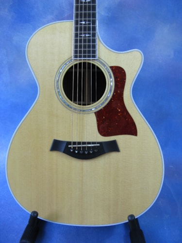 1995 Taylor 812 C Natural, Mint, Original Hard, $2,395.00