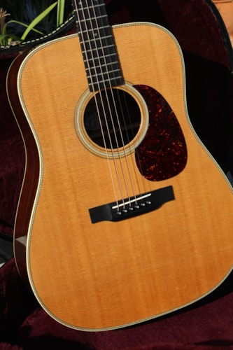 1996 Collings D-2H Natural in near mint original condition with hard case.