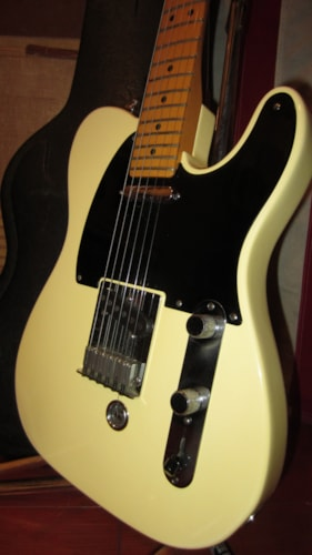 1996 fender b bender telecaster blonde guitars electric solid body rivington guitars. Black Bedroom Furniture Sets. Home Design Ideas