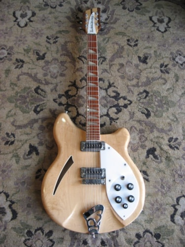 1996 Rickenbacker 360 MAPLEGLO, Excellent, Hard