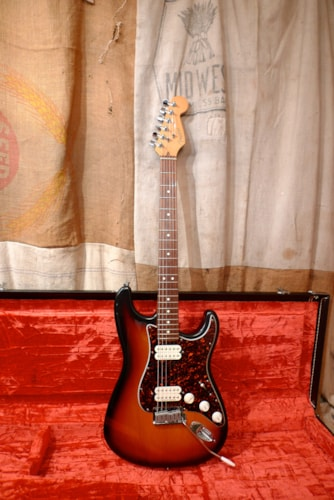 "1997 Fender Stratocaster ""Big Apple Strat"" Sunburst, Excellent, Original Hard, $950.00"