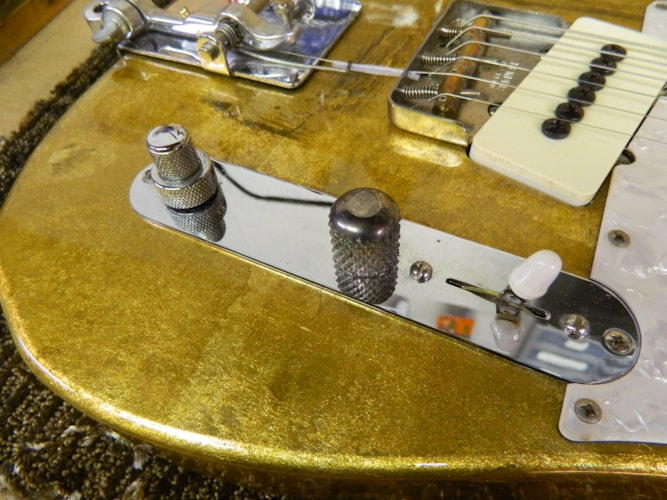 1997 Fender Will Ray Jazz-A-Caster Gold Leaf