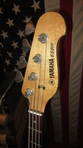 1999 Yamaha BB300 Electric Bass Black, Excellent, $199.00