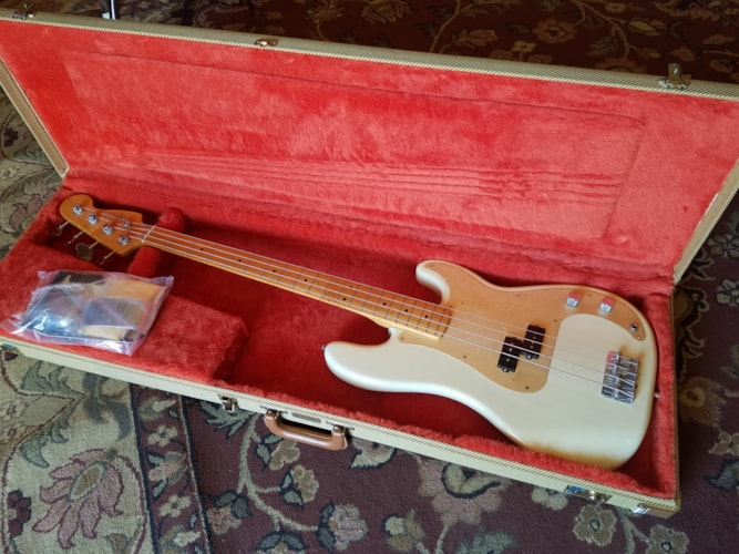 2000 Fender® '57 American Vintage Reissue Precision Bass® Blonde, Very Good, Original Hard, $1,149.00