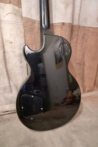 2000 Gibson Les Paul Studio Black, Very Good, GigBag, $925.00