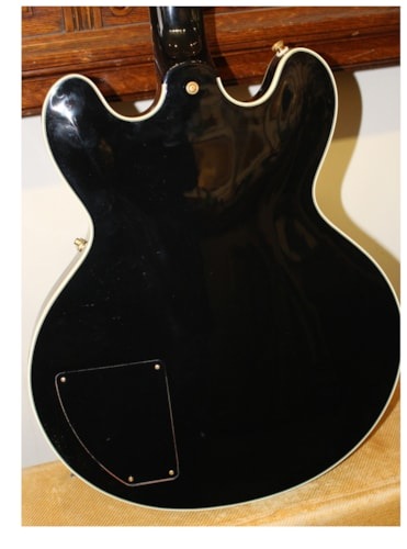 2000 Gibson Lucille Black, Excellent, Hard, $3,395.00