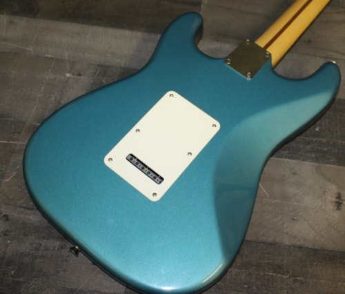 2001 Fender Stratocaster Metallic Blue
