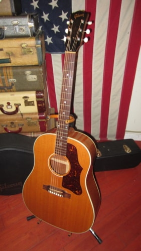 2002 Gibson J-50 Acoustic / Electric Antique Natural, Near Mint, Original Hard, $2,495.00
