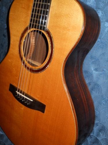 ~1998 Lakewood A-32 Natural acoustic guitar with pickup