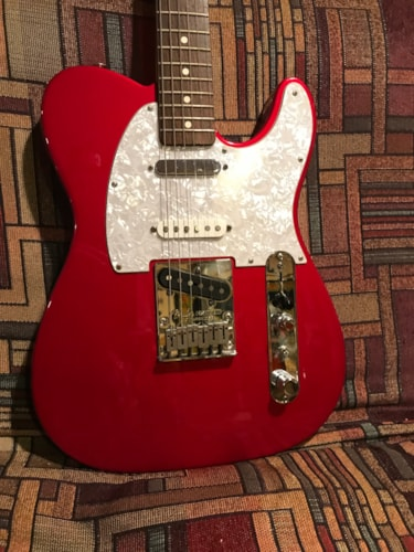 2003 Fender® Deluxe Nashvile Telecaster®  Candy Apple Red, Excellent, Hard, $700.00