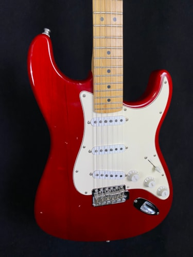 2003 Fender Highway 1 Stratocaster Transparent Red