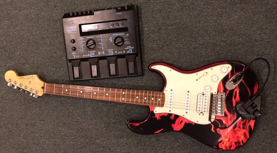 2003 Fender / Roland Standard Stratocaster Cherry / Flame, Very Good, GigBag