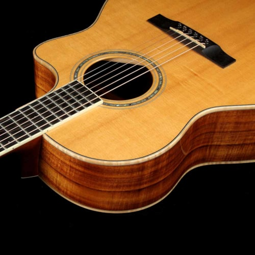 2003 Larrivee The Islander LV-09 Acoustic Natural Koa 2003 Excellent, $2,099.00