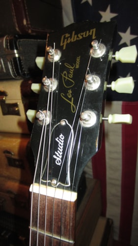 2004 Gibson Les Paul Studio Black