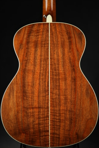 2004 Goodall Walnut Grand Concert  Excellent, Hard