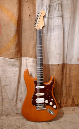 2005 Fender Stratocaster Deluxe USA Natural
