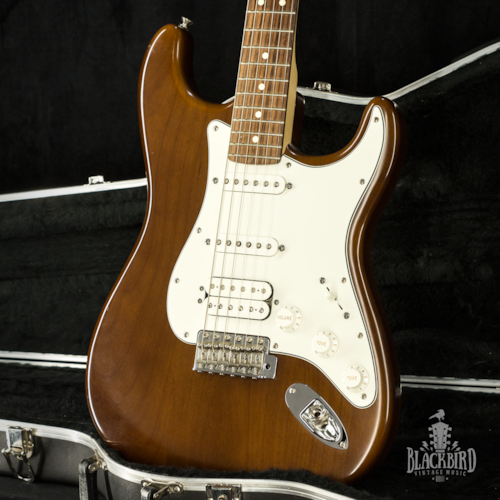 2006 Fender Highway 1 Stratocaster HSS Walnut