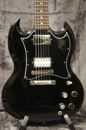 2006 Gibson SG Special Ebony with non-original hardshell case