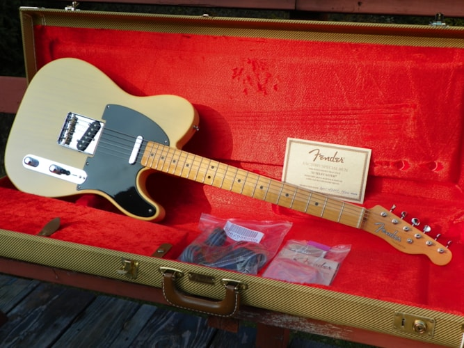 2007 Fender® USA Telecaster® 52 FSR Thin Skin Nitro (1952 Reissue) Butter Scotch, Near Mint, Hard, $1,599.00