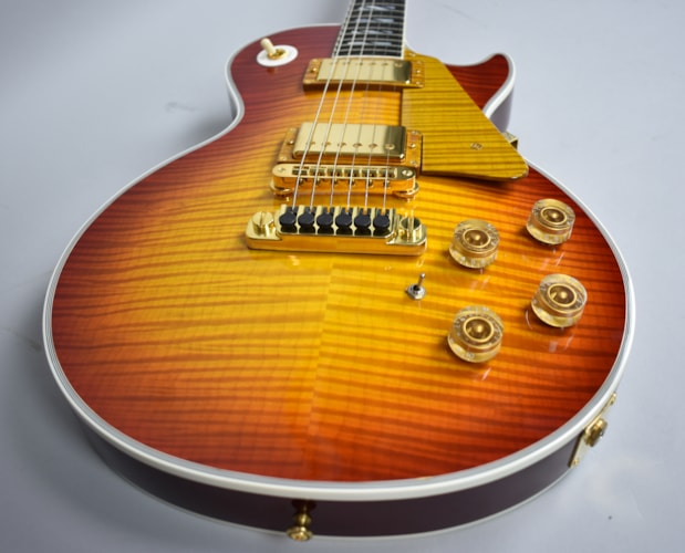 2007 Gibson Les Paul Custom 25 Limited Edition Custom Shop Faded Cherry Burst, Very Good, Original Hard, $3,995.00
