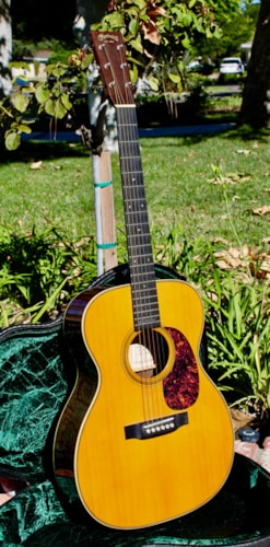 2007 Martin 000-28 Eric Clapton model in near mint original condition with Martin case.