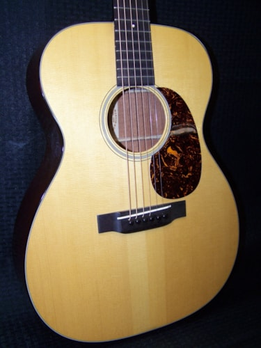 2008 C.F. Martin & Co. 000-18 Authentic 1937 Excellent, Original Hard, $3,699.00