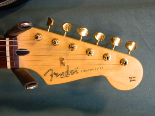 2008 Fender Deluxe Players Stratocaster Trans-Blue