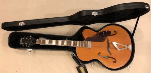 ~2008 Gretsch G100CE Synchromatic Cutaway acoustic - electric Natural Satin