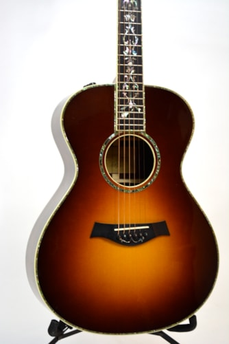 2008 Taylor Grand Concert Presentation( Brazilian Rosewood) Sunburst, Mint, Original Hard