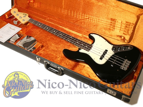 2009 Fender Custom Shop Team Built 1964 Jazz Bass NOS Black