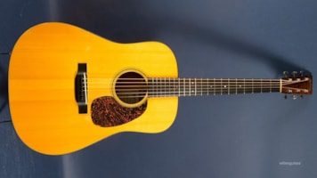 2010 Martin D-18GE Golden Era