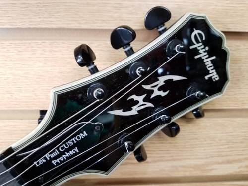 2010 Epiphone Les Paul Prophecy  Very Good, Hard, $424.99