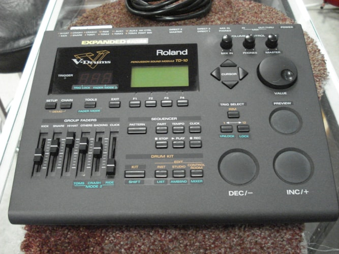 2010 Roland  TD 10 sound Module TDW 1 expanded yes., Excellent, $499.00