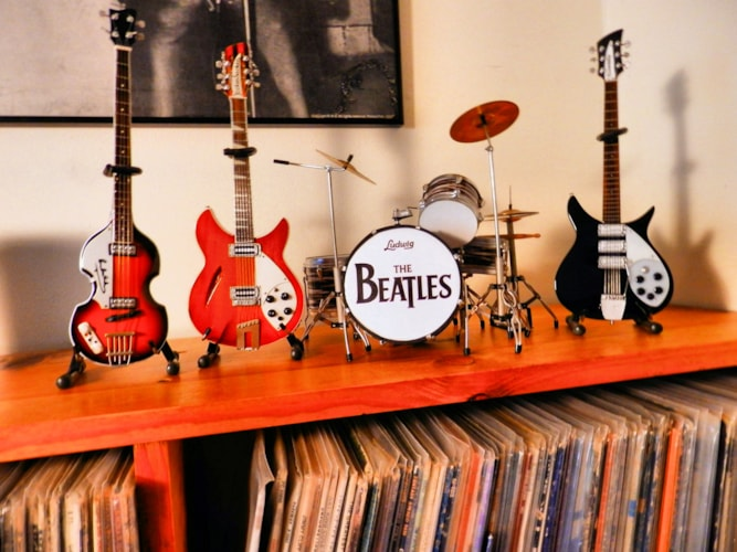 2012 Beatles 'Minatures - by Axeman' Beatles ' Miami' set  with hardcover book and coffee  mug full, Mint, Original Soft, $200.00