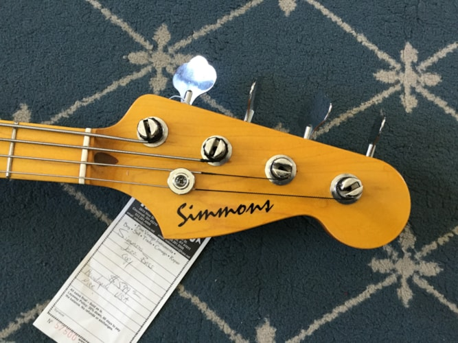"2012 SIMMONS"" J-Bass Copy White, Very Good"