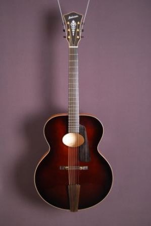 "2013 Andersen 17"" Oval Hole Archtop Reddish-Brown, Excellent, Original Hard"