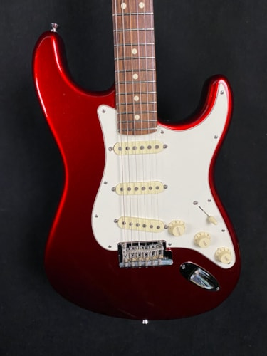 2013 Fender American Standard Stratocaster Mystic Red