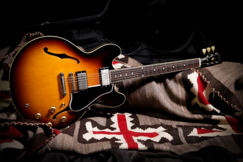 "2013 Gibson Memphis 1959 ES-335 ""Dot Neck"" Sunburst"