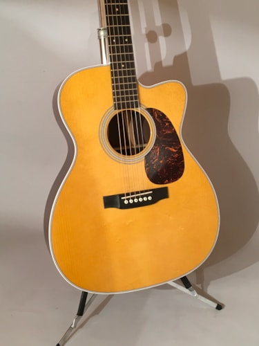 2013 Martin M custom Near Mint, Original Hard