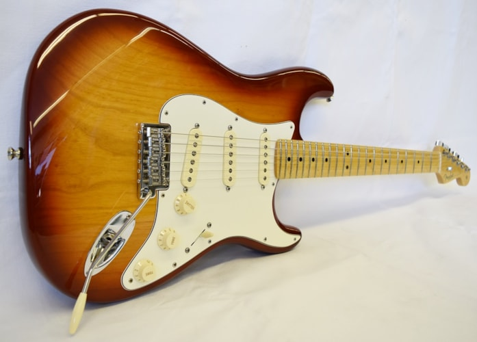 2014 Fender® 60th Anniversary USA Stratocaster® Sienna Burst, Excellent, Hard, $799.99