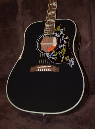 2014 gibson hummingbird ebony custom shop ebony guitars acoustic wolfe guitars. Black Bedroom Furniture Sets. Home Design Ideas