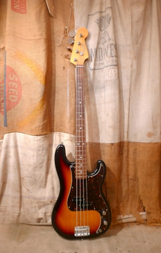 2015 Fender Precision Bass (1962 Reissue)