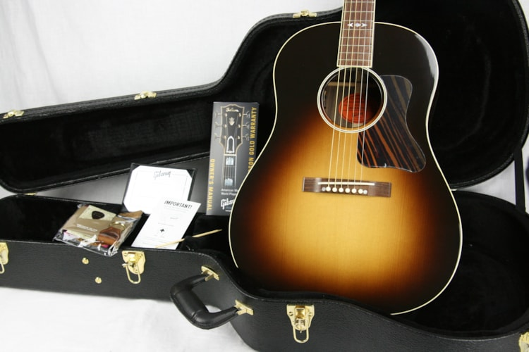 2015 Gibson Custom Shop Luthier's Choice AJ Advanced Jumbo Sunburst (Rosewood), Near Mint, Original Hard, $2,195.00